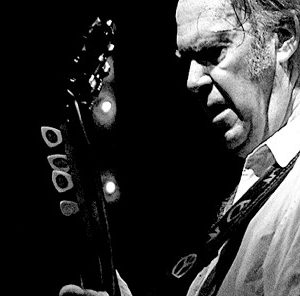 944754-neil-young2