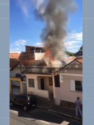 incendio-casa-acamada